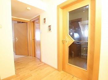 Stellplätze Westterrasse Kinderzimmer - Saniertes tolles 105m² Einfamilienhaus in Viktring