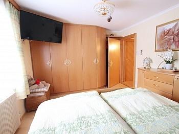 Außenrollos Schlafzimmer Dachgeschoss - Saniertes tolles 105m² Einfamilienhaus in Viktring