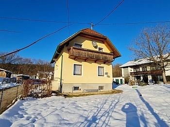 Laminatböden Parkettböden Fliesenböden - Teilsaniertes Wohnhaus Klagenfurt/Wölfnitz Ponfeld