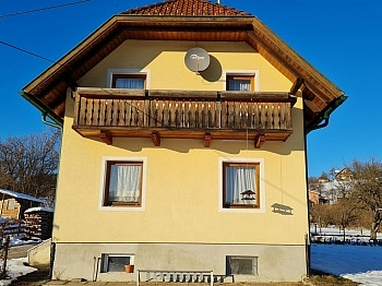 Balkon Carportabstellplätze sanierungsbedürftig - Teilsaniertes Wohnhaus Klagenfurt/Wölfnitz Ponfeld