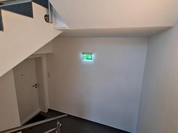 Fliesenböden Zentrumsnähe unmittelbarer - Nagelneu sehr große 2-Zimmer-Whg. in Viktring