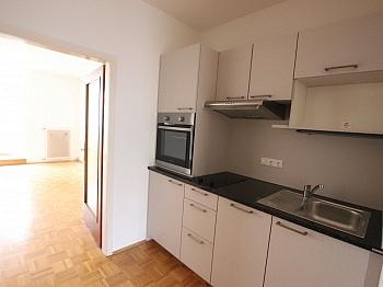 Wohnung Mieter Büro - 2 ZI Wohnung - Provisionsfrei für den Mieter