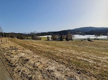 Bauverpflichtung Zufahrtstraße Aussichtslage - Sonniger Baugrund an der Golfanlage Moosburg