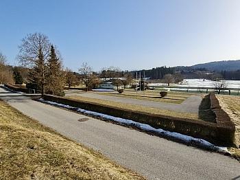 direkt Direkt Kanal - Sonniger Baugrund an der Golfanlage Moosburg