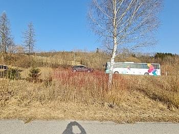 - Sonniger Baugrund an der Golfanlage Moosburg