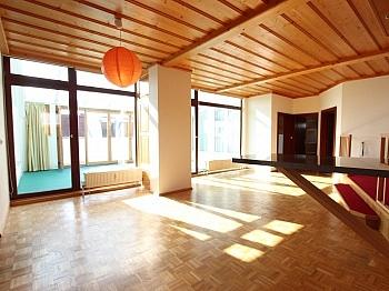 Penthousewohnung Schlafzimmer Warmwasser - Tolle sonnige 150m² Penthousewohnung in Klagenfurt