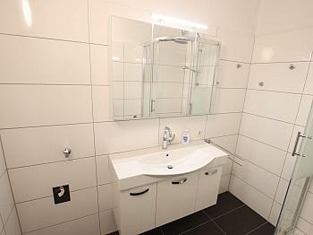 Heizung Vorraum Wohnung - Schöne sanierte 2 Zi-Whg. mit Loggia-Waidmannsdorf