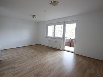 Infrastruktur Schlafzimmer Kellerabteil - Schöne 4 Zi - Wohnung/98m² UNI - Nähe