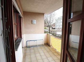 Adelenweg Mietdauer befindet - Schöne 2 Zi - Wohnung in Waidmannsdorf