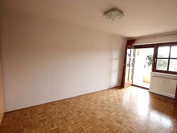 schöne bester Sofort - Schöne 2 Zi - Wohnung in Waidmannsdorf