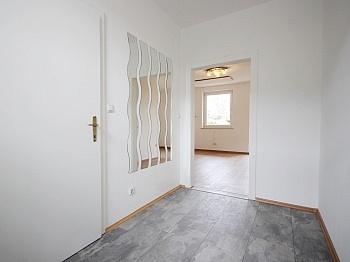 Deckenmontage Schlafzimmer Stadtzentrum - Renovierte Garconniere mit Terrasse und Garten