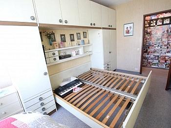 schöner Teppich saniert - 3 Zi Wohnung 75,00m² mit Südoggia - Rilkestrassse