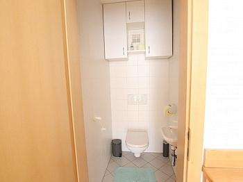 Esszimmer vermieten Haustüre - 2 ZI - Wohnung in Waidmannsdorf all inklusive