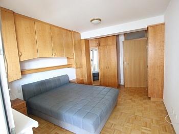 Infrastruktur Schlafzimmer Kellerabteil - 2 ZI - Wohnung in Waidmannsdorf all inklusive