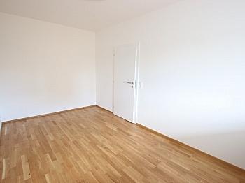 inkl Wohnungseingangstüre Mietpreisgarantie - Top sanierte 2 Zimmer Whg. mit Loggia-Welzenegg