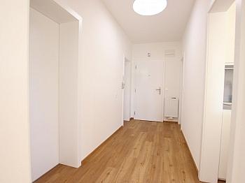 barrierefreier Wohnhausanlage Parkettböden - Top sanierte 2 Zimmer Whg. mit Loggia-Welzenegg