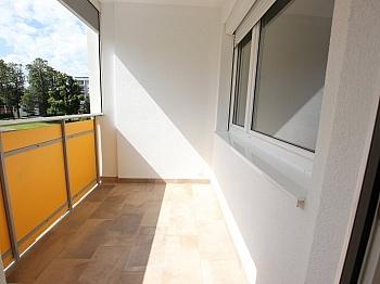 bestehend sanierten Einkaufen - Top sanierte 2 Zimmer Whg. mit Loggia-Welzenegg