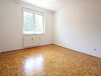 Vorraum mittels Bindung - Schöne 2 Zi - Wohnung in St. Martin in UNI Nähe