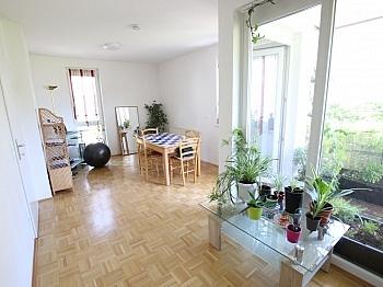 Südbalkon inkl Stellplatz - Tolle 45,00m² - 2 Zi Wohnung mit großem Balkon