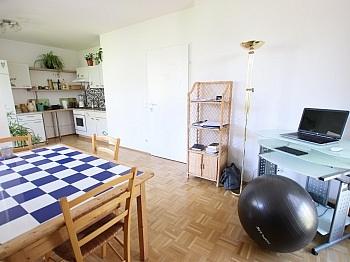 Schlafzimmer Abstellraum hauseigener - Tolle 45,00m² - 2 Zi Wohnung mit großem Balkon
