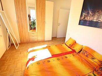 bestehend schöner Bindung - Tolle 45,00m² - 2 Zi Wohnung mit großem Balkon