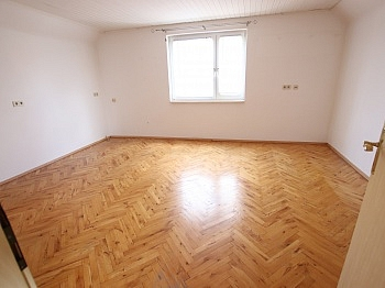 folgt gutem Wohn - Älteres Wohnhaus 90,00m² in Klagenfurt