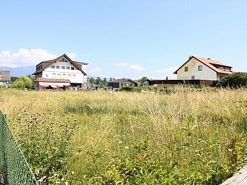 Aussicht befindet Gemeinde - Sonniger Baugrund direkt bei der Apotheke Faak