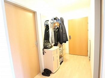 vorbehalten aufgeteilte Änderungen - Neuwertige 3 Zi Wohnung mit Balkon - Waidmannsdorf