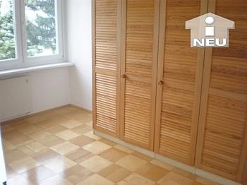 Essbereich Wohnzimmer Südbalkon - Schöne helle 3 Zi Wohnung in der Rilkestrasse