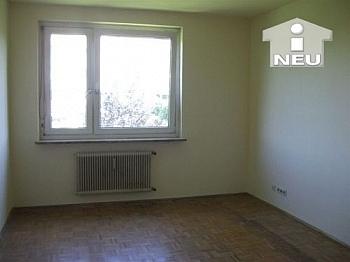 Schlafzimmer unmöbliert Abstellraum - 2  Zi Wohnung 56m² - Nähe Ebentalerstrasse