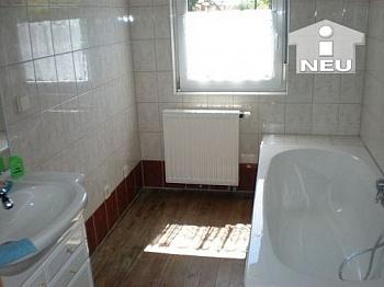 saniert sonnige Vorraum - Singlewohnhaus 55m² Wfl. in Feschnig