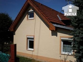 neue Gebäudeversicherung Kunststofffenster - Singlewohnhaus 55m² Wfl. in Feschnig
