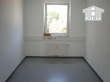 inkl Universitätsstrasse Tiefgaragenplätze - TOP 125m² - 5 Zi Büro/Wohnung Uni Nähe