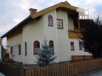 bestehend Vorraum Küche - Schönes Wohnhaus/Zinshaus in Klagenfurt