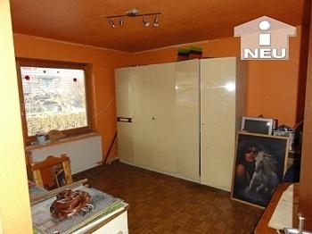 Badewanne einfacher Gastherme - Günstiges Wohnhaus in St. Paul im Lavantal