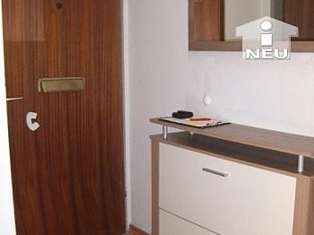 bestehend Esszimmer Beziehbar - Schöne 2 Zi - Wohnung in Viktring -  teilmöbliert