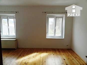 Entspannungsoase Panzerrollladen Holzdielenboden - Sonnendurchflutete 2-Zimmerwohnung in Welzenegg