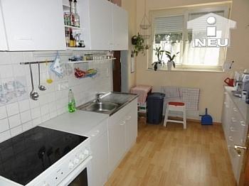 Hochparterre ausreichende Schlafzimmer - Helle schöne 2 Zi Wohnung in der Heinrich-Heine-Gasse