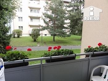 Holzisolierglasfenster Abstellplätze Fliesenböden - Helle schöne 2 Zi Wohnung in der Heinrich-Heine-Gasse