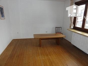 Voraum Räume Keller - Wohnhaus in Klagenfurt - St. Veiter Strasse