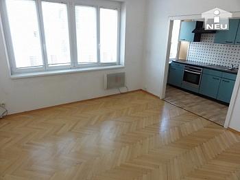 Fliesenböden Schlafzimmer Kellerabteil - Schöne 2 Zi Stadtwohnung - Karawankenzeile