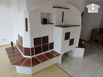 Fliesenböden Brennstoffen überdachter - Liebevoll saniertes kleines Wohnhaus am Bach in Liebenfels