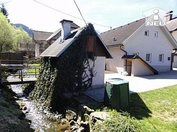 Wohnhaus Vorraum Bach - Liebevoll saniertes kleines Wohnhaus am Bach in Liebenfels