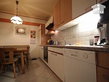 deckenhoch inkludiert verfließt - 4-Zi-Wohnung in der Anzengruberstrasse