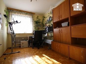 Kunstoffisolierglasfenster Elternschlafzimmer Anzengruberstrasse - 4-Zi-Wohnung in der Anzengruberstrasse