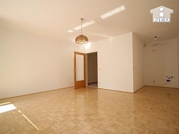 inkl Tiefgaragenplatz unmöbliert - Neuwertige Garconniere 43 m² - in Viktring