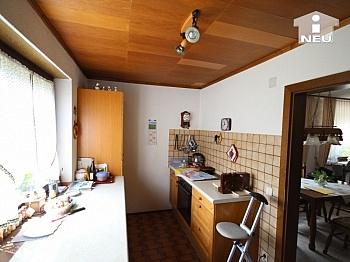 Dachflächen Grundstück Holzfenster - Schöner Bungalow im Rosental