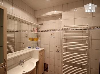 einfach perfekt sonnige - 1 A Zustand!! Traumhaftes Wohnhaus mit Pool und Pool-Haus Nähe Klagenfurt