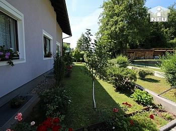 Idyllische gepflegtes Wohnzimmer - Schönes großes Wohnhaus in Annabichl