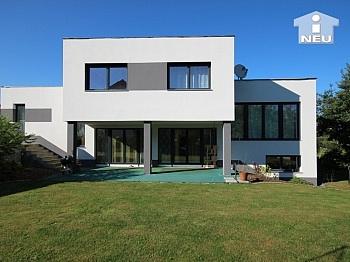 Kunststoffisolierglasfenster sonnendurchflutetes Niedrigenergiehaus - Neues, modernes Niedrigenergiehaus Nähe Feldkirchen